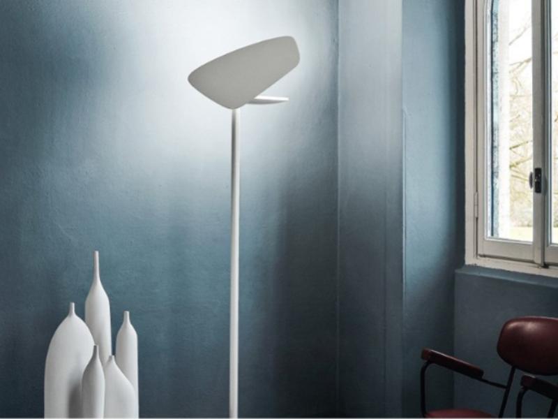 Lampada da terra bianca Lightwing by Foscarini