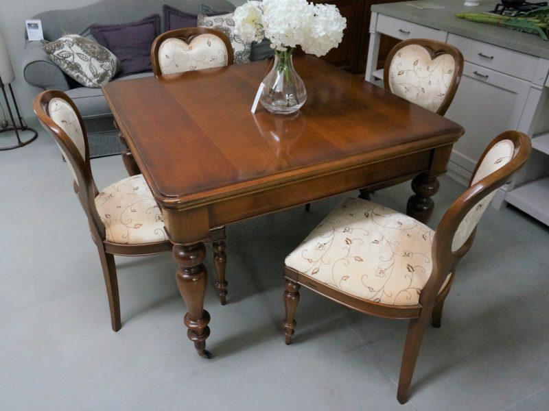 Tavolo quadrato by Le Fablier e 6 sedie imbottite